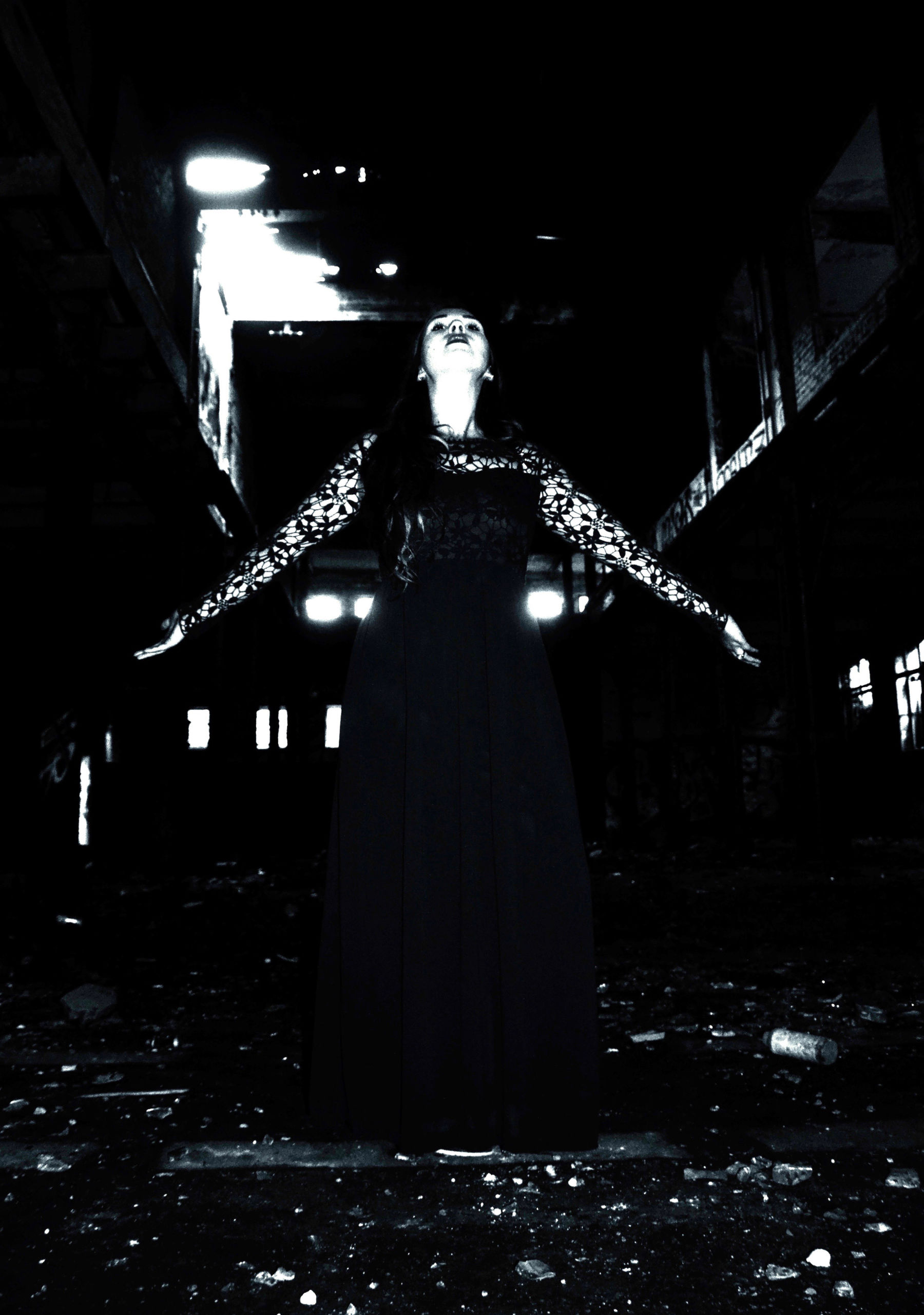 Eckhard-Ischebeck-Industrial-Sorceress
